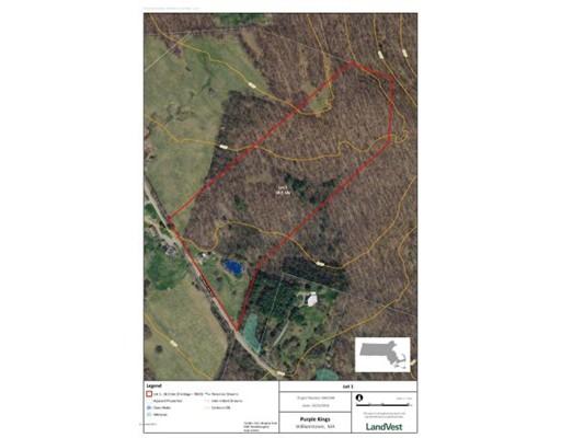Terrain pour l Vente à Address Not Available Williamstown, Massachusetts 01267 États-Unis