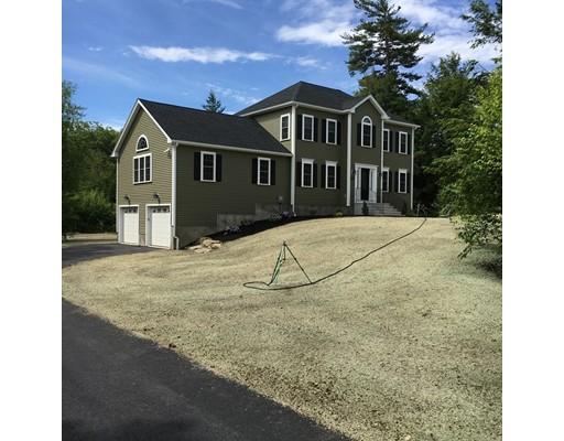 Casa Unifamiliar por un Venta en 83 Central tree road 83 Central tree road Rutland, Massachusetts 01543 Estados Unidos