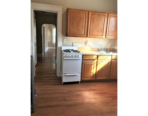 واحد منزل الأسرة للـ Rent في 30 Franklin Street 30 Franklin Street Lynn, Massachusetts 01902 United States
