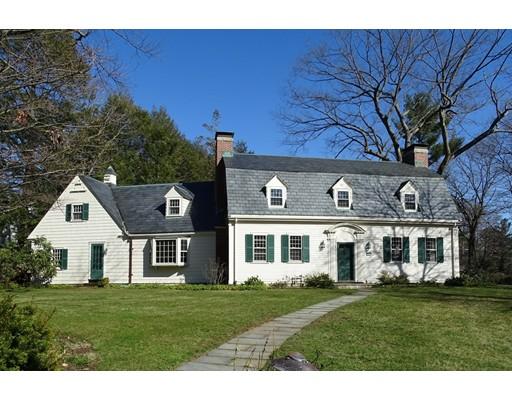 Villa per Vendita alle ore 44 Lowell Road 44 Lowell Road Wellesley, Massachusetts 02481 Stati Uniti