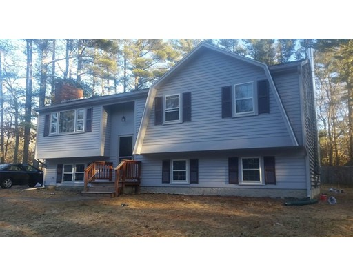 Single Family Home for Sale at 31 Russell Trufant Road 31 Russell Trufant Road Carver, Massachusetts 02330 United States