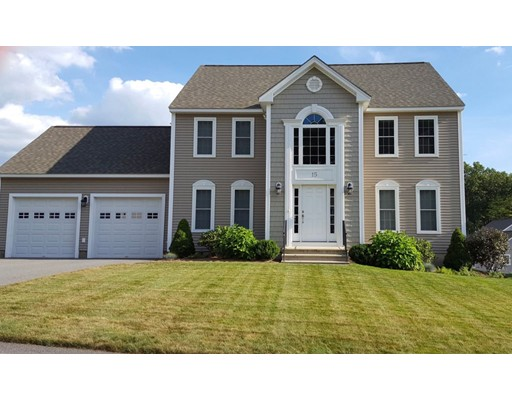 واحد منزل الأسرة للـ Sale في 15 Vista Circle 15 Vista Circle Holden, Massachusetts 01520 United States
