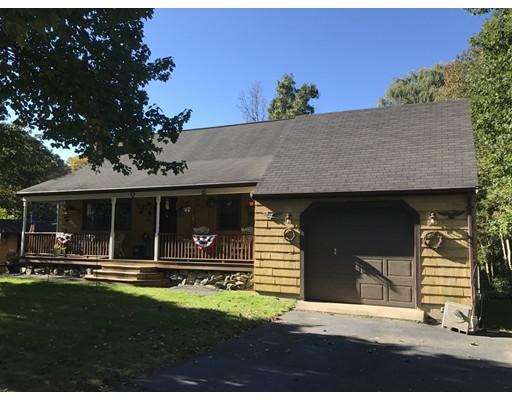 Casa Unifamiliar por un Venta en 9 Edith Road Hudson, Massachusetts 01749 Estados Unidos