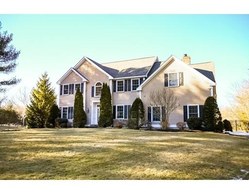 Casa Unifamiliar por un Venta en 12 Elsbeth Road Sudbury, Massachusetts 01776 Estados Unidos