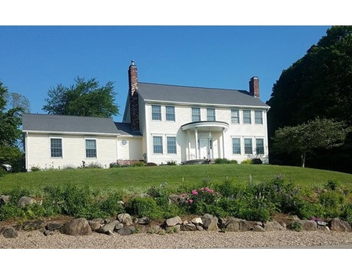 Single Family Home for Sale at 17 Woodland Circle Ludlow, Massachusetts 01056 United States