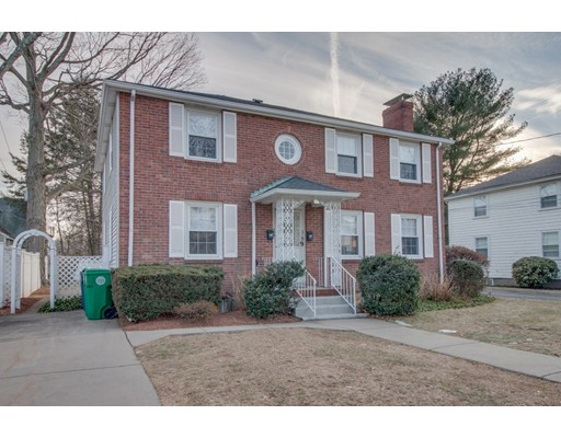 Multi-Family Home for Sale at 28 North Gate Park 28 North Gate Park Newton, Massachusetts 02465 United States