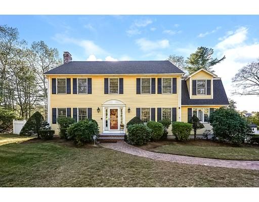 Single Family Home for Sale at 895 Franklin Street 895 Franklin Street Wrentham, Massachusetts 02093 United States