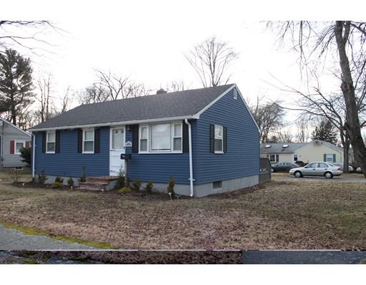Maison unifamiliale pour l Vente à 58 Revere Street 58 Revere Street Holbrook, Massachusetts 02343 États-Unis