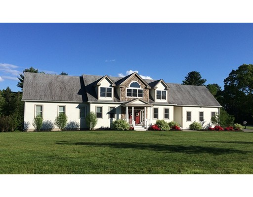 Casa Unifamiliar por un Venta en 12 Cider Mill Road 12 Cider Mill Road Stow, Massachusetts 01775 Estados Unidos
