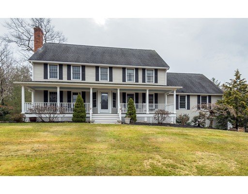 Single Family Home for Sale at 101 Colonial Drive 101 Colonial Drive Andover, Massachusetts 01810 United States