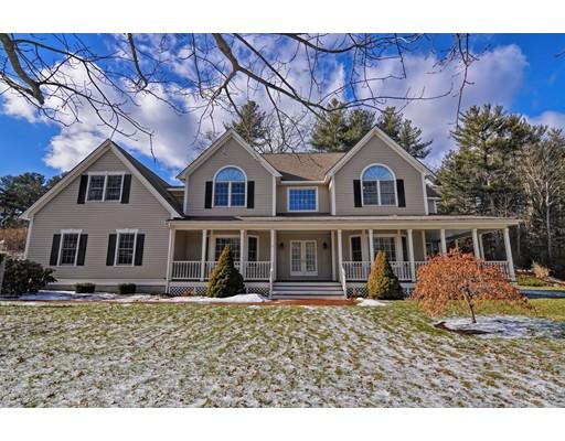 Casa Unifamiliar por un Venta en 4 SALAMANDER WAY 4 SALAMANDER WAY Sharon, Massachusetts 02067 Estados Unidos