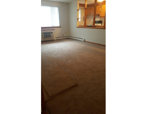 Single Family Home for Rent at 20 Hunt Street Weymouth, Massachusetts 02188 United States
