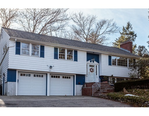Single Family Home for Sale at 120 Hutchinson Road 120 Hutchinson Road Arlington, Massachusetts 02474 United States