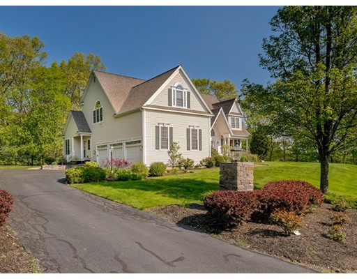 Single Family Home for Sale at 22 Smith Road 22 Smith Road Hopkinton, Massachusetts 01748 United States