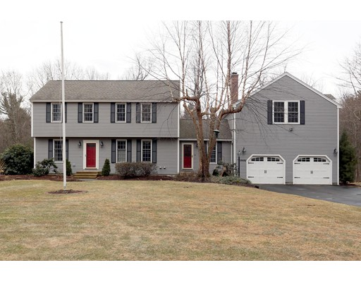 Single Family Home for Sale at 110 Rowley Hill Road 110 Rowley Hill Road Sterling, Massachusetts 01564 United States