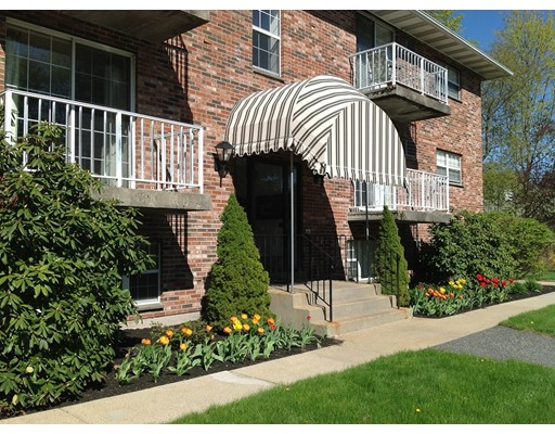Apartment for Rent at 121 North St #16 121 North St #16 Medfield, Massachusetts 02052 United States