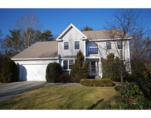 Частный односемейный дом для того Продажа на 38 Southwood Drive 38 Southwood Drive Southborough, Массачусетс 01772 Соединенные Штаты