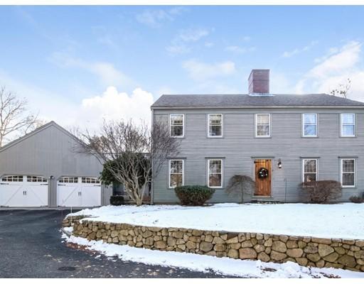 Casa Unifamiliar por un Venta en 11 Madison Drive 11 Madison Drive Sandwich, Massachusetts 02537 Estados Unidos