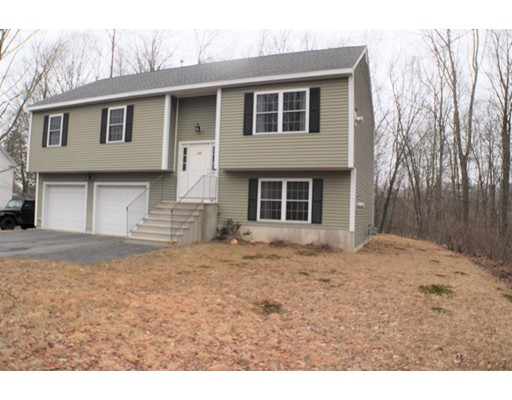 Single Family Home for Sale at 145 Worcester 145 Worcester West Boylston, Massachusetts 01583 United States