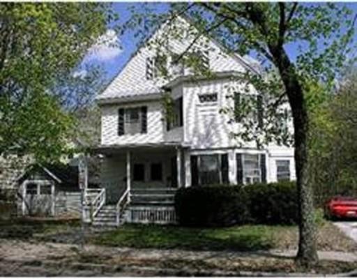独户住宅 为 出租 在 10 Dunstan Street 牛顿, 02465 美国