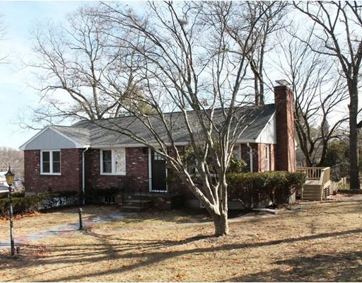 独户住宅 为 销售 在 10 Tarbell Avenue 10 Tarbell Avenue Lexington, 马萨诸塞州 02421 美国