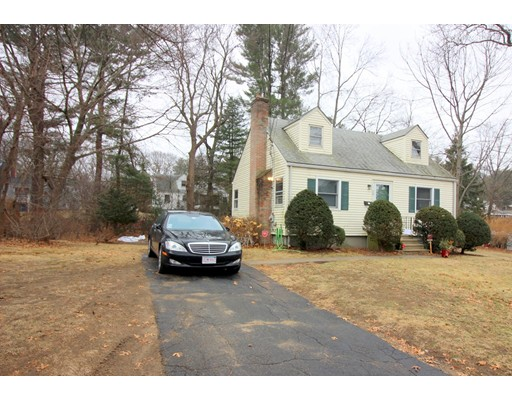 Single Family Home for Rent at 76 Bellefontaine Avenue 76 Bellefontaine Avenue Framingham, Massachusetts 01701 United States