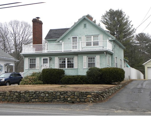 Single Family Home for Sale at 322 Worcester Street 322 Worcester Street Southbridge, Massachusetts 01550 United States