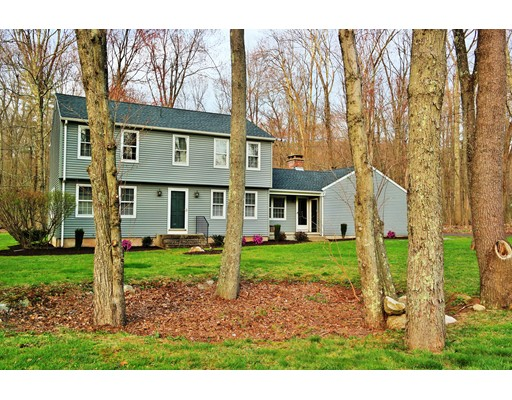 Single Family Home for Sale at 150 Turnpike Road 150 Turnpike Road Somers, Connecticut 06071 United States