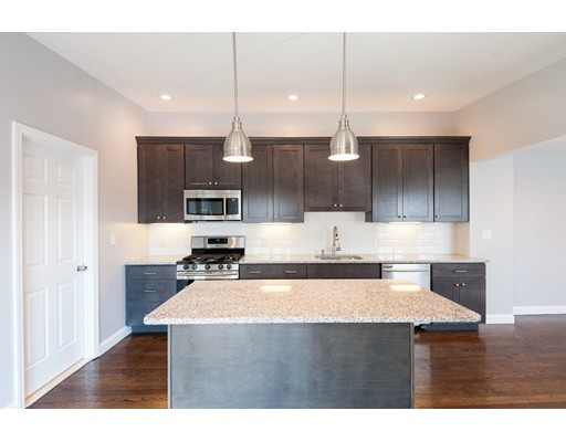 واحد منزل الأسرة للـ Rent في 18 Telegraph St #SFR 18 Telegraph St #SFR Boston, Massachusetts 02127 United States