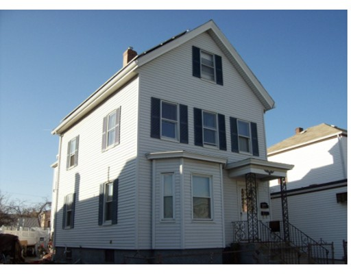 Single Family Home for Rent at 94 Main Street Everett, 02149 United States