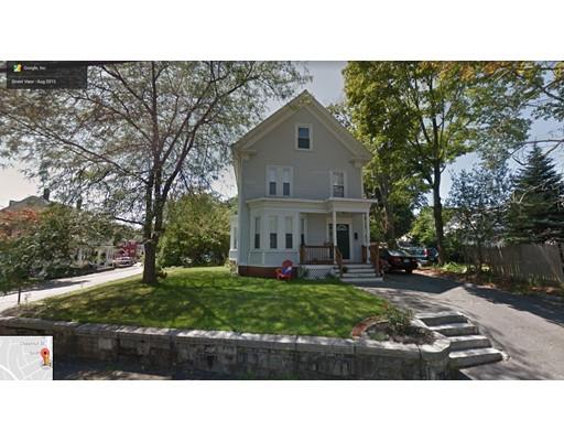 Casa Multifamiliar por un Venta en 2 Johnson Street 2 Johnson Street Woburn, Massachusetts 01801 Estados Unidos