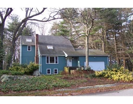 Casa Unifamiliar por un Alquiler en 19 Carroll Drive 19 Carroll Drive Foxboro, Massachusetts 02035 Estados Unidos