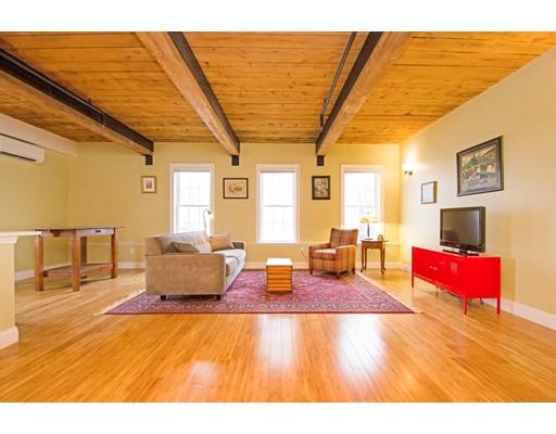 Condominium for Sale at 110 Pleasant Street 110 Pleasant Street Marlborough, Massachusetts 01752 United States