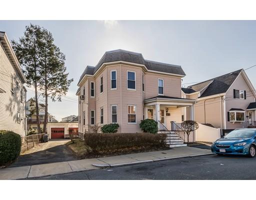 Maison avec plusieurs logements pour l Vente à 25 Cheever Street 25 Cheever Street Revere, Massachusetts 02151 États-Unis