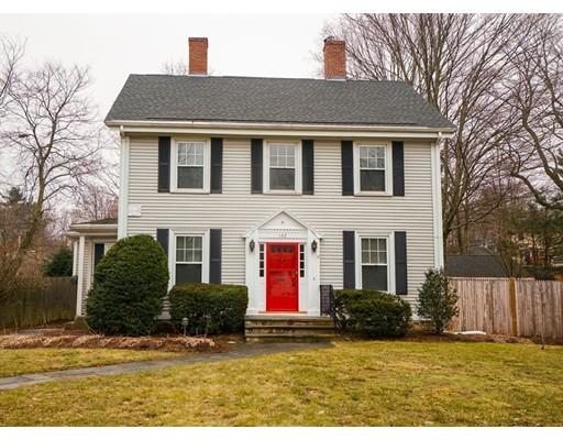 Villa per Vendita alle ore 162 Washington Street 162 Washington Street Wellesley, Massachusetts 02481 Stati Uniti