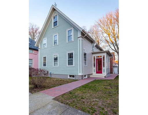 独户住宅 为 出租 在 48 Seventh Street 48 Seventh Street New Bedford, 马萨诸塞州 02740 美国