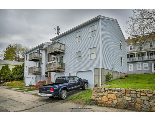 Condominium for Rent at 326 Main St #4 326 Main St #4 Gloucester, Massachusetts 01930 United States