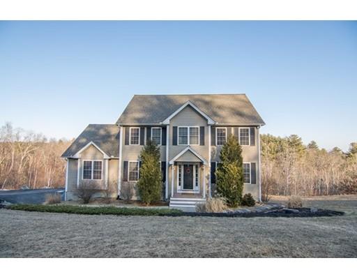 واحد منزل الأسرة للـ Sale في 28 Longview Circle 28 Longview Circle Pelham, New Hampshire 03076 United States