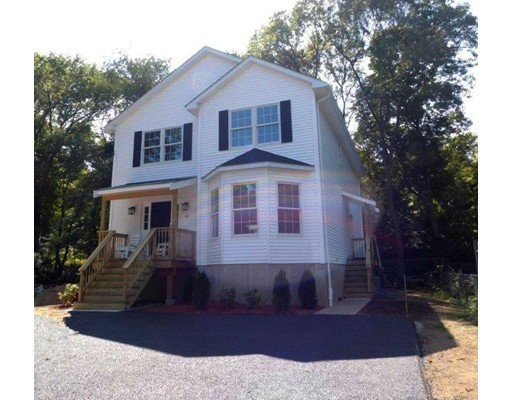 Casa Unifamiliar por un Venta en 48 Clisby Avenue 48 Clisby Avenue Dedham, Massachusetts 02026 Estados Unidos