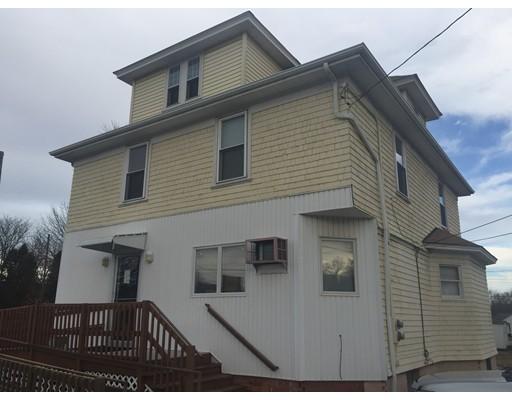 Casa Unifamiliar por un Alquiler en 378 Washington 378 Washington Attleboro, Massachusetts 02703 Estados Unidos