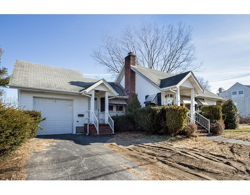 Single Family Home for Sale at 920 Pleasant Street 920 Pleasant Street Somerset, Massachusetts 02726 United States