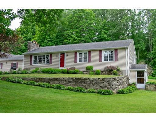 Maison unifamiliale pour l Vente à 96 Orchard Hill Road 96 Orchard Hill Road Pomfret, Connecticut 06259 États-Unis