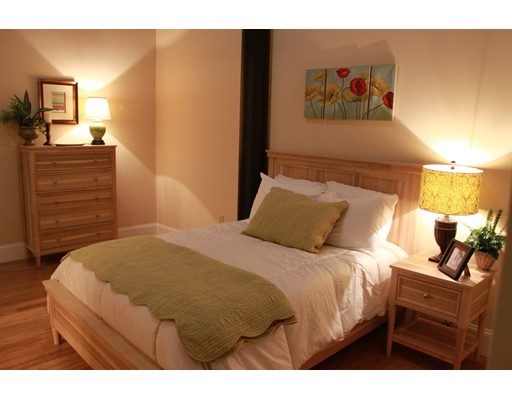 Квартира для того Аренда на 300 Canal Street #106 300 Canal Street #106 Lawrence, Массачусетс 01840 Соединенные Штаты