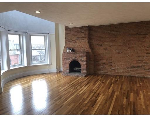 Casa Unifamiliar por un Alquiler en 117 Saint Botolph Street Boston, Massachusetts 02115 Estados Unidos
