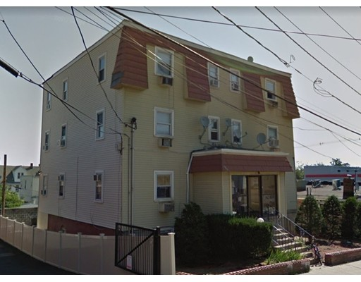 Casa Multifamiliar por un Venta en 67 Webster Avenue 67 Webster Avenue Chelsea, Massachusetts 02150 Estados Unidos