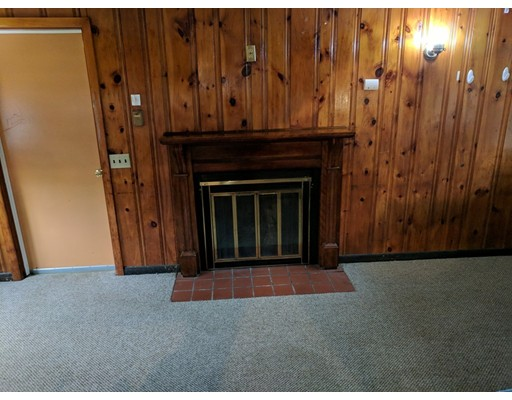 101 Harrington Ln, East Brookfield, MA, 01515