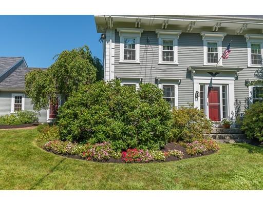 Casa Unifamiliar por un Venta en 64 Perkins Row 64 Perkins Row Topsfield, Massachusetts 01983 Estados Unidos
