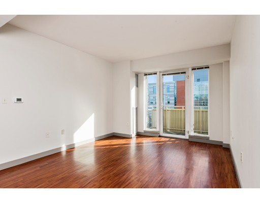 独户住宅 为 出租 在 157 Sixth Street 坎布里奇, 马萨诸塞州 02142 美国