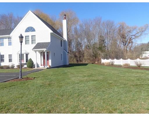 共管式独立产权公寓 为 销售 在 75 Warren Street West 75 Warren Street West Raynham, 马萨诸塞州 02767 美国