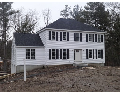 Casa Unifamiliar por un Venta en 50 Railroad Avenue 50 Railroad Avenue Millis, Massachusetts 02054 Estados Unidos